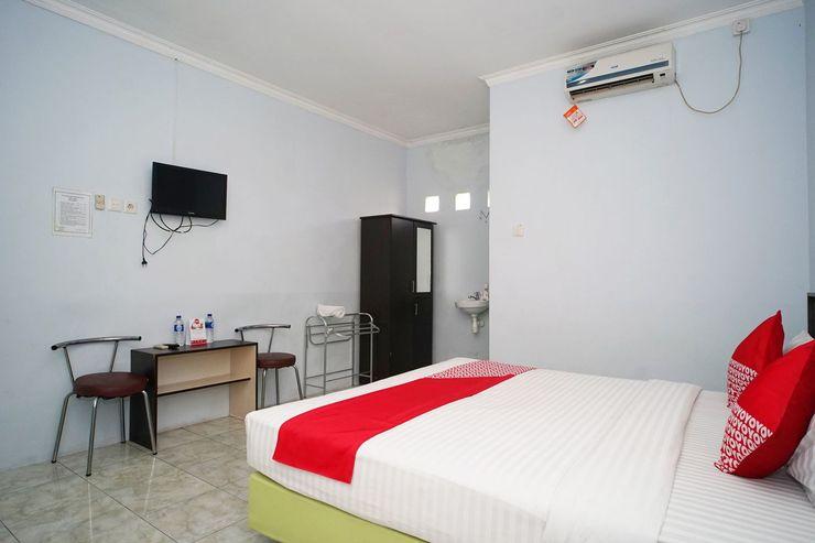OYO 1745 Guest House Nur Aziziah 2 Balikpapan - Bedroom
