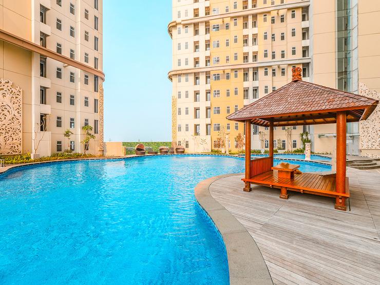 Collection O 16 Vittoria Residence Near RS Mentari Jakarta - Swimming Pool