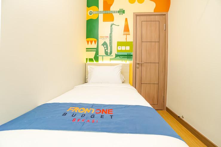 Front One Budget Hotel Bekasi Bekasi - SUPERIOR ROOM