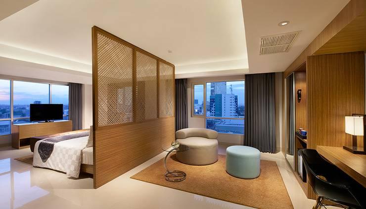 Crown Prince Hotel Surabaya - KAMAR EMERALD