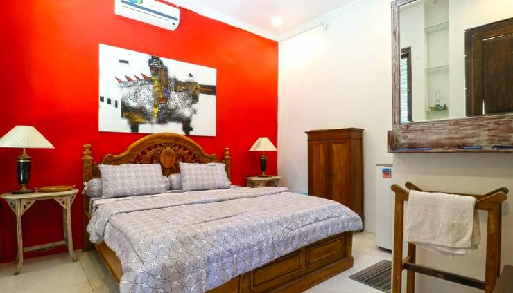 Nira Guest House Bali - Superior Room