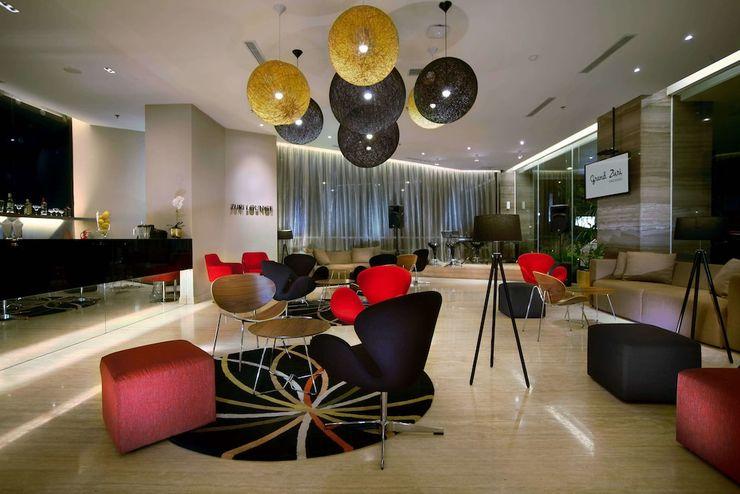 Grand Zuri Padang - Lounge