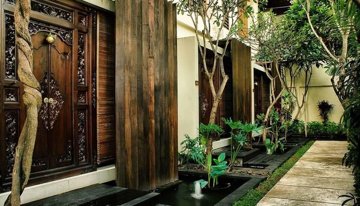 Kamuela Villas & Suites Sanur - One Bedroom Suite Entrance