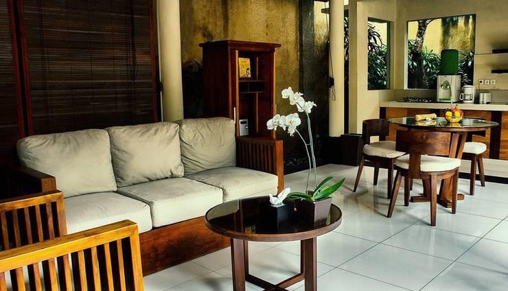 Kamuela Villas & Suites Sanur - One Bedroom Villa Living Room
