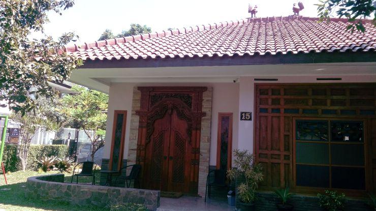 PENSION HOMESTAY Bandung - Facade