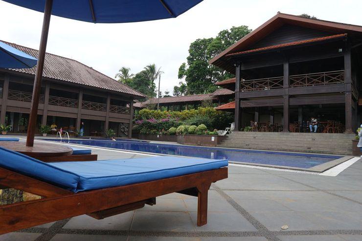 Taurus Resort Sukabumi - Pool