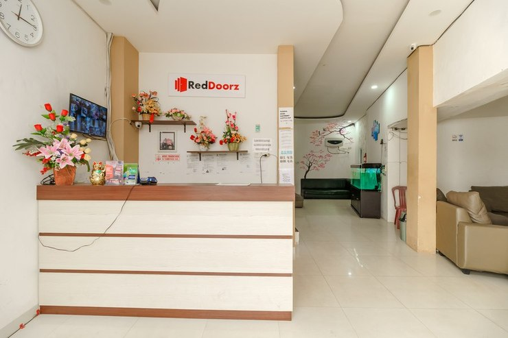 RedDoorz near Palembang Trade Center Palembang - Lobbi