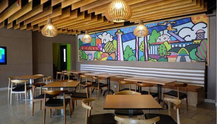 MaxOneHotels at Pemuda Jakarta - Restoran Max Bistro