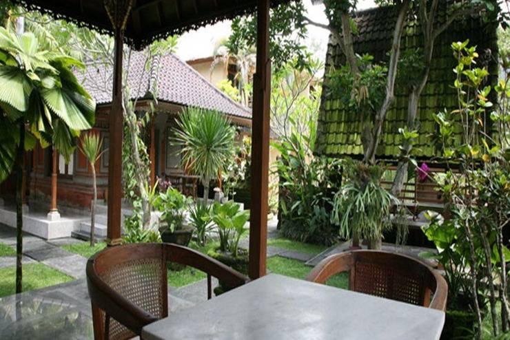 Lokasari Bungalow Bali - Teras