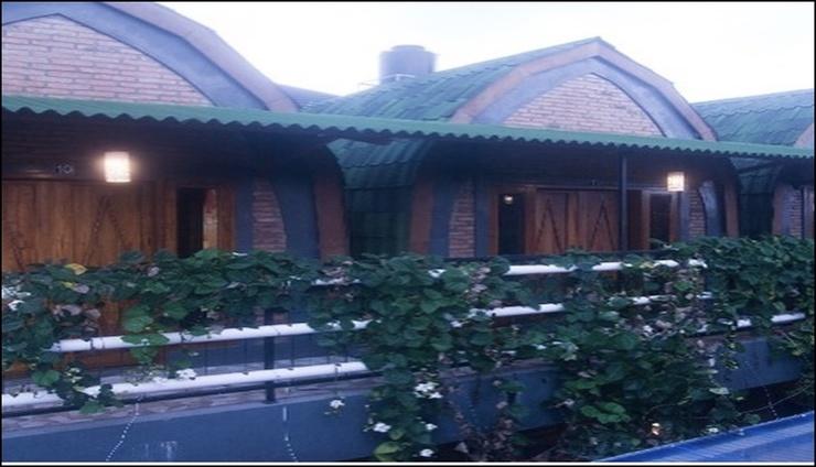 Kolibri Kost & Guesthouse Exclusive Yogyakarta - exterior