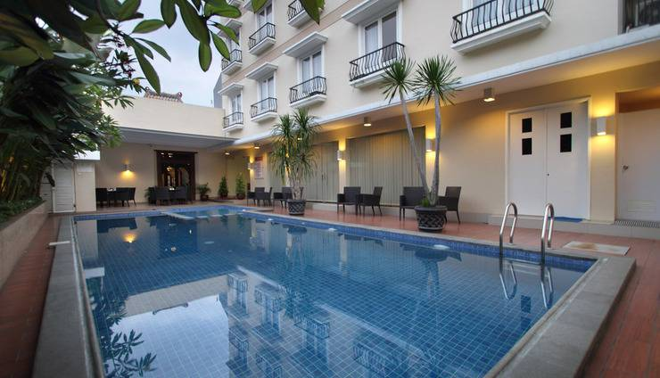 Emersia Malioboro Hotel Jogja - Pool