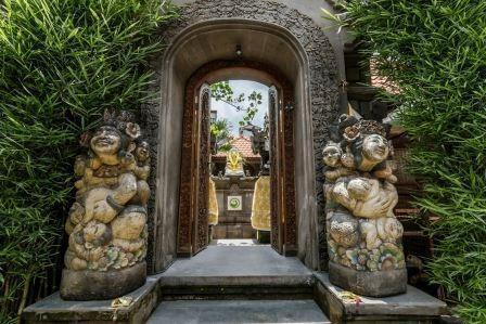 Tinggal Premium at Ubud Hanoman Bali - masuk