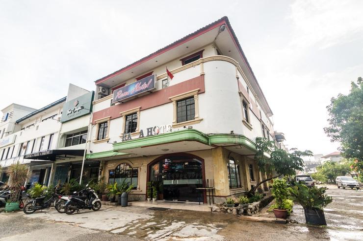 OYO 2422 Rama Hotel Batam - Facade