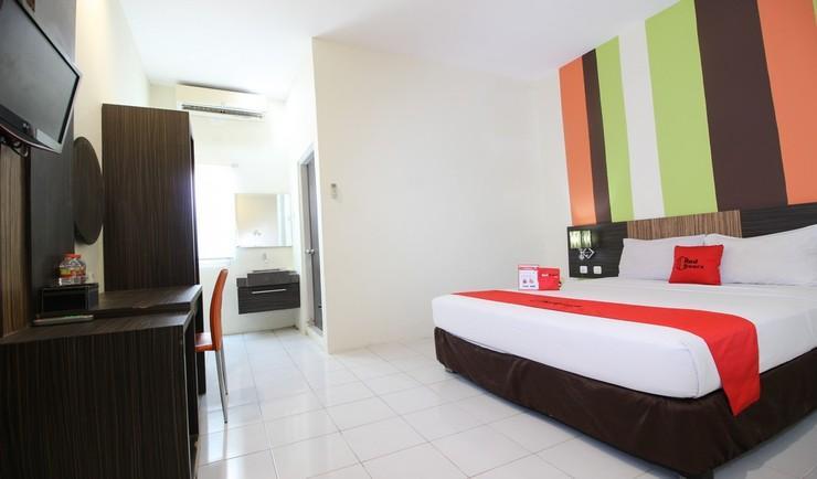 RedDoorz Plus near Keraton Yogyakarta 2 Yogyakarta - Room