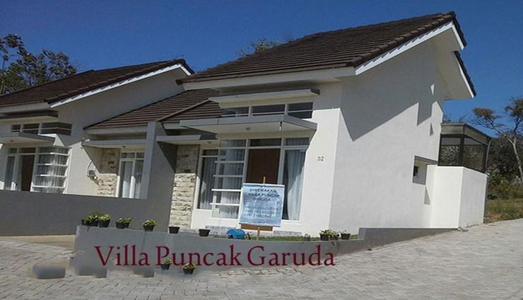 Villa Puncak Garuda D2 Malang - Facade