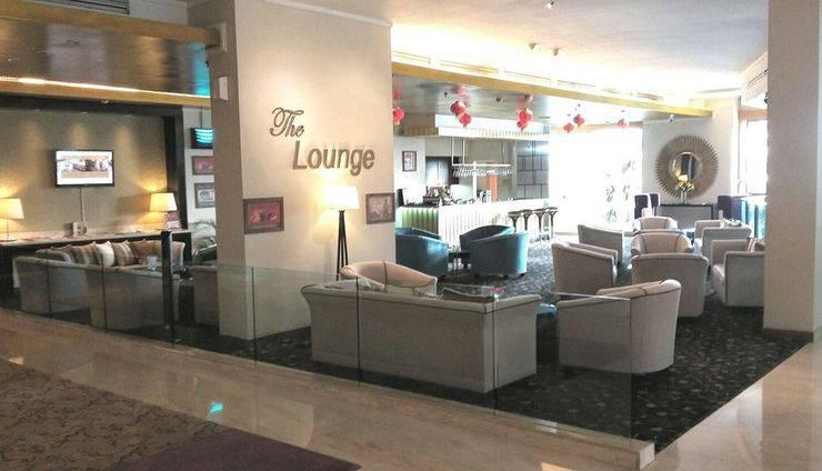 Hotel Aryaduta Palembang - Lobby Lounge