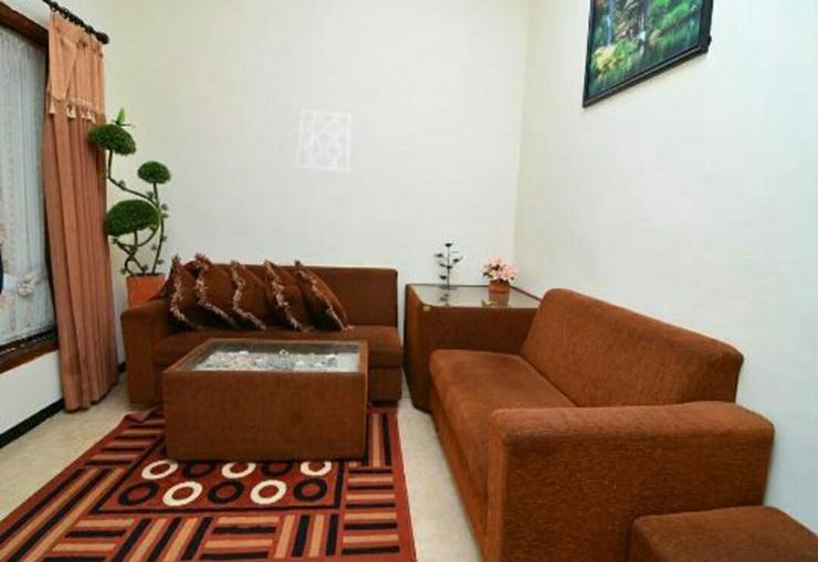 Alpukat Homestay Malang - Interior