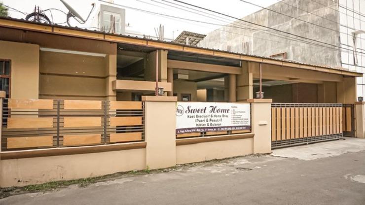 Sweet Home Homestay Jogja - Facade