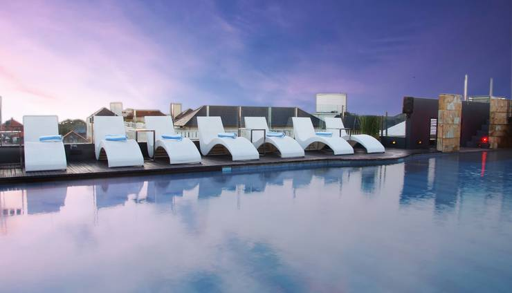J Boutique Hotel Kuta - Sky Pool