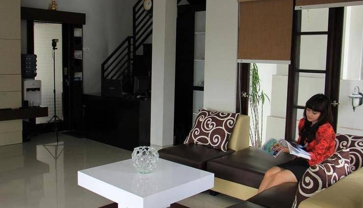 Villa Amaryllis Yogyakarta - Ruang Keluarga