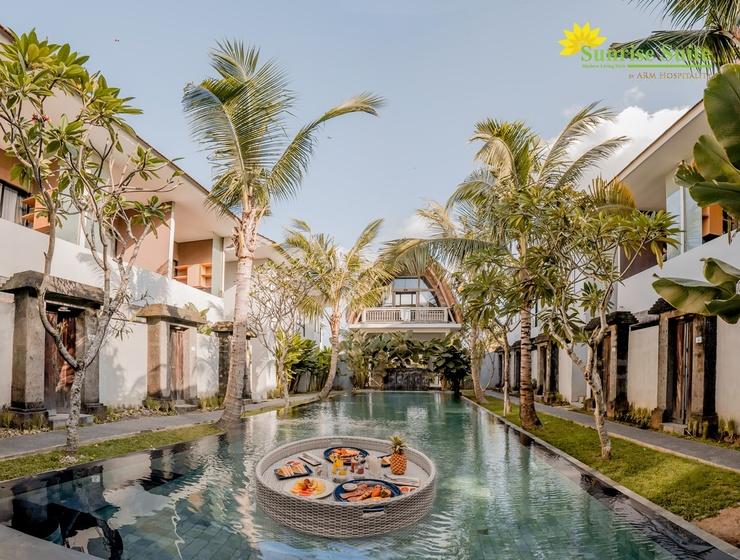 Sunrise Suite Bali - Kolam renang