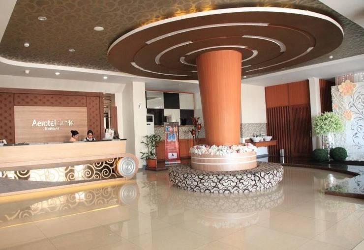Aerotel Smile Makassar - Receptionis