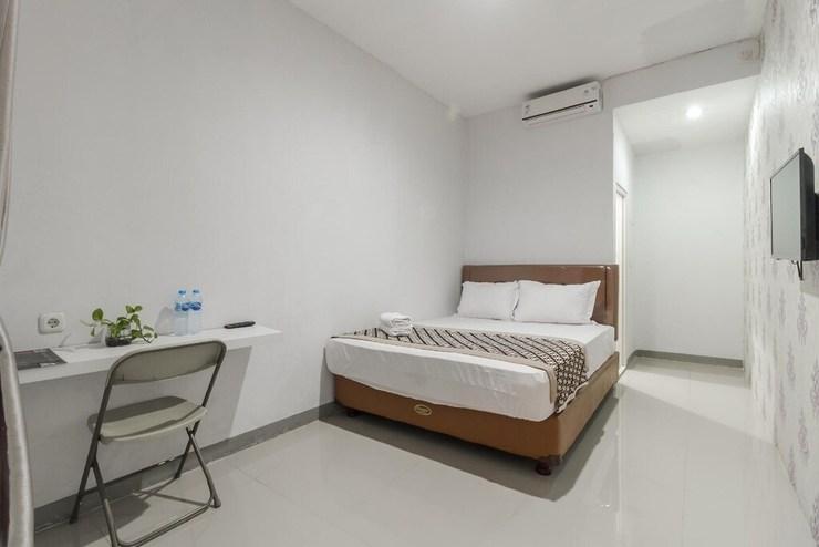 Unik Guest House Jakarta - Photo