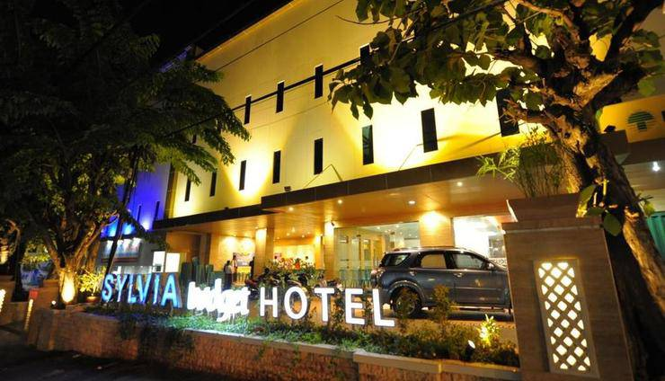 Harga Hotel Sylvia Hotel Budget (Kupang)