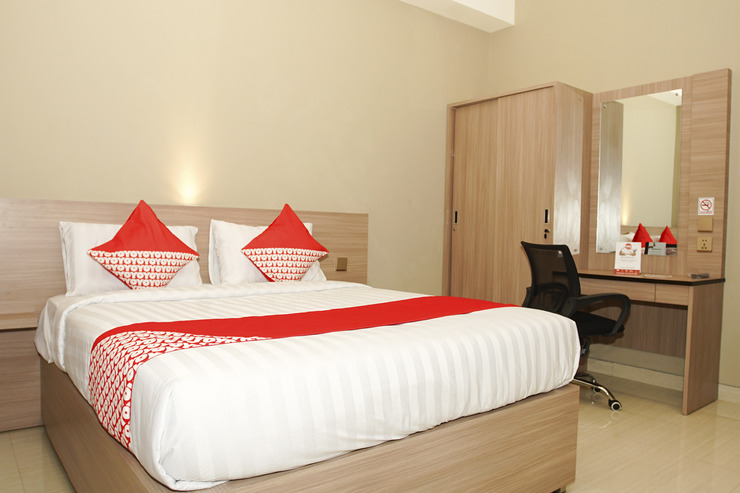 OYO 185 Roriz House Palembang - Bedroom