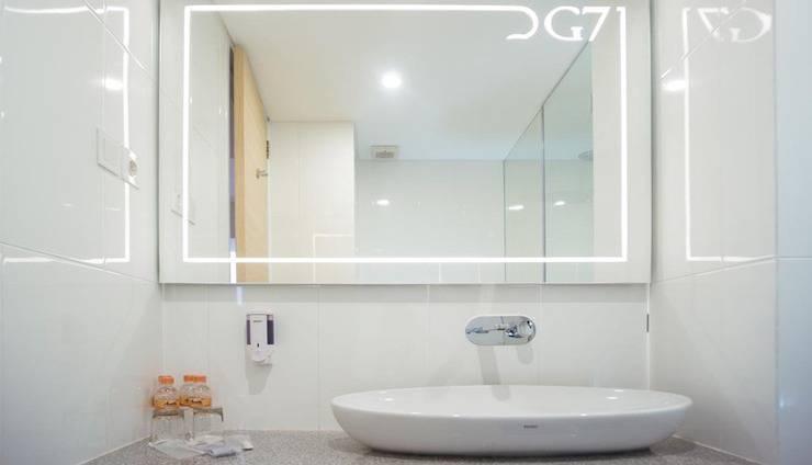 Grand G7 Hotel Jakarta - Bathroom