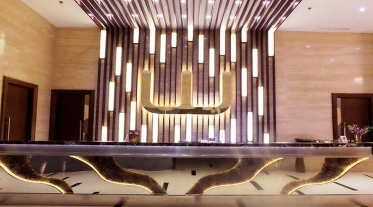 World Hotel Jakarta - Lobby