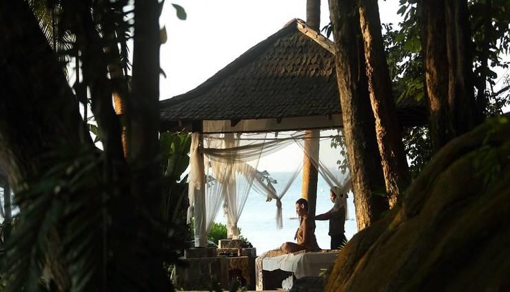 Turi Beach Resort Batam - Massage at Gazebo