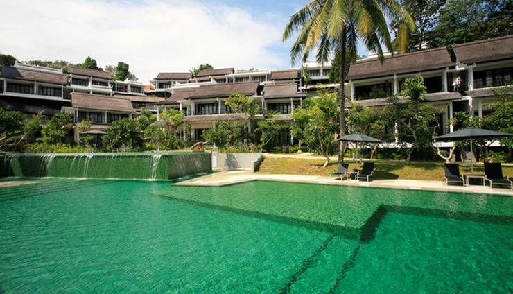 Turi Beach Resort Batam - Kolam Renang Emerald