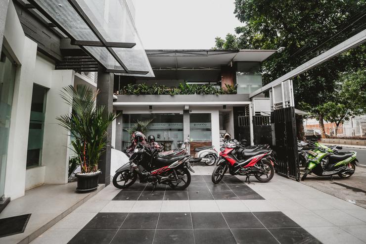 RedDoorz near Kebon Jeruk Jakarta Jakarta - Exterior