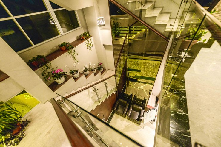 Tebu Hotel Bandung - Stairs