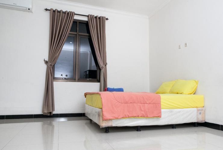 Saloka Guesthouse Bandung - Guest room