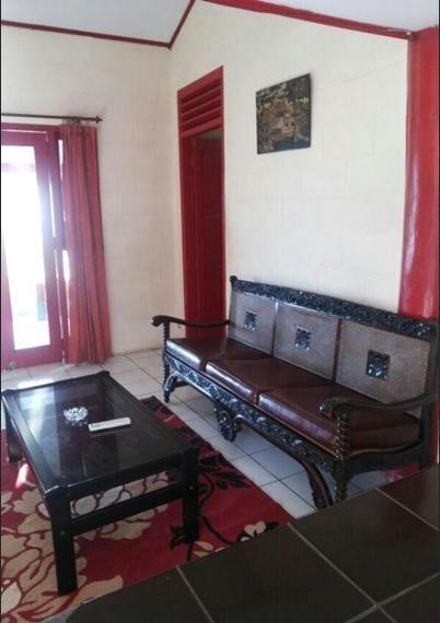 Villa Karang Sono Serang - Interior