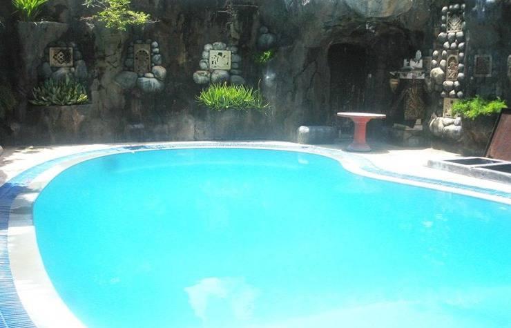 Agung and Sue Watering Hole II Sanur - Kolam Renang