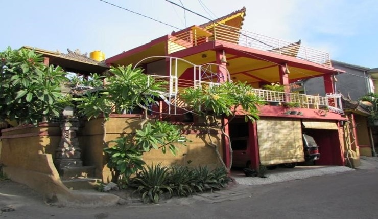 DiKubu Homestay Bali - Facade