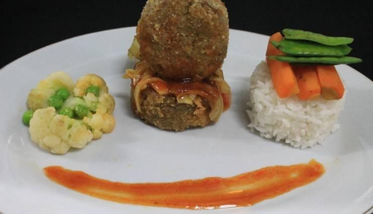 Hotel Santika Bengkulu - Food