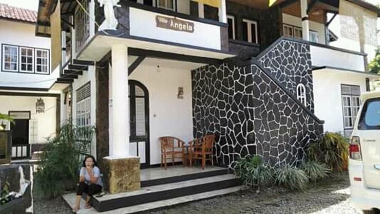 Villa Angela Pangandaran - Exterior