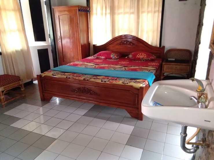 Villa Angela Pangandaran - Guest room