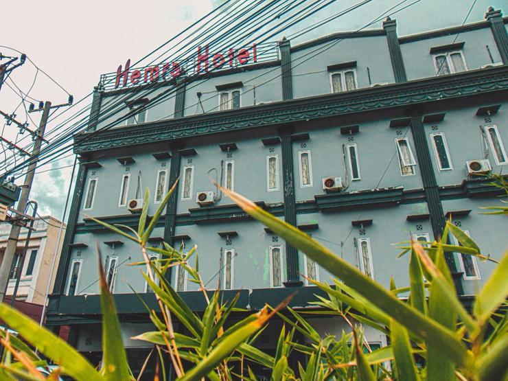 Hotel Herly Syariah Balikpapan - Facade