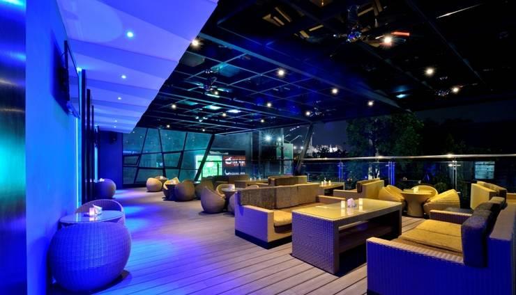 Oak Tree Urban Hotel Jakarta - Aqualuna Lounge