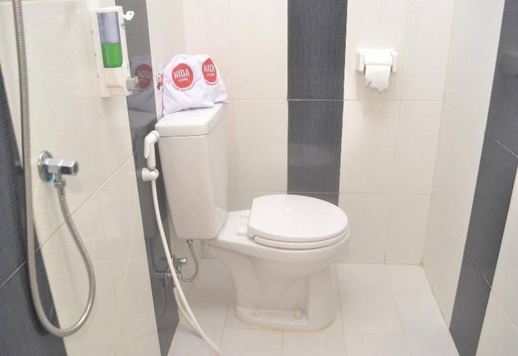 NIDA Rooms Tebing Tinggi Kompleks Nusa Deli Indah Medan - Kamar mandi