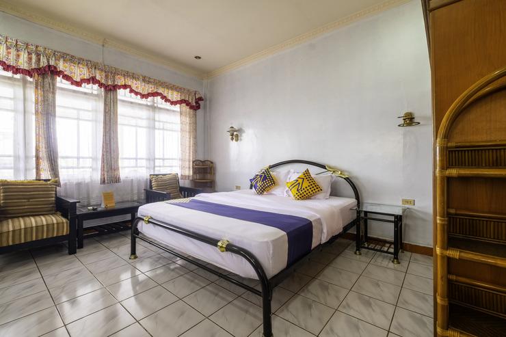 SPOT ON 1896 Hotel Mahkota Pantai Sukabumi - Bedroom Sp/D