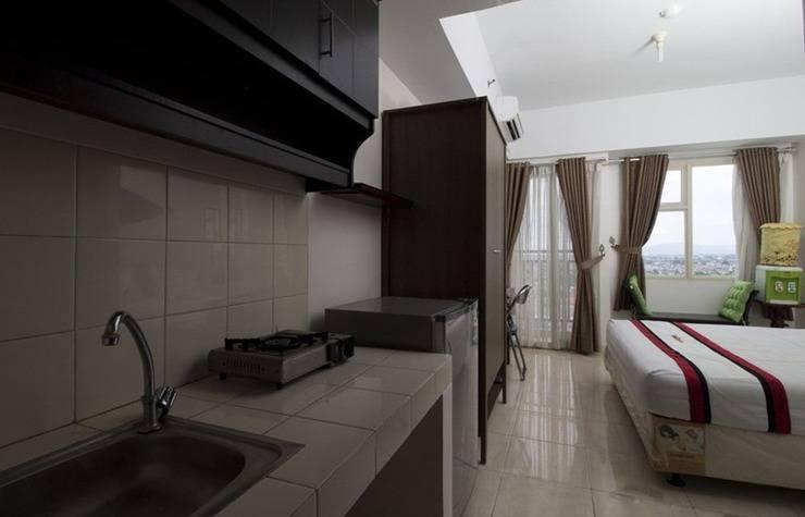 RedDoorz Apartment near D'Mall Depok - Kamar