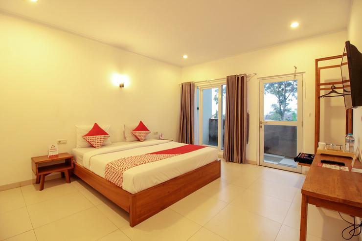 OYO 396 Tibrae Homestay Syariah Bandung - Bed Room