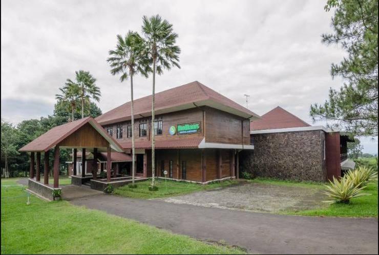 Rollaas Hotel and Resort Malang - Tampak Depan