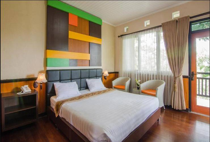 Rollaas Hotel and Resort Malang - Rooms